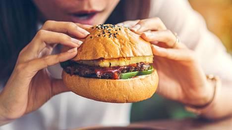 Tutkimuksen tulokset viittaavat epäterveellisen ruokavalion ja atooppisen ihottuman yhteyksiin.