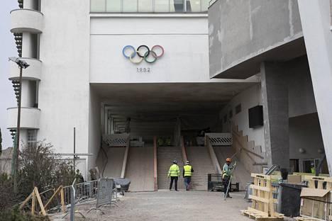 Olympiarenkaat ovat tutulla paikallaan.