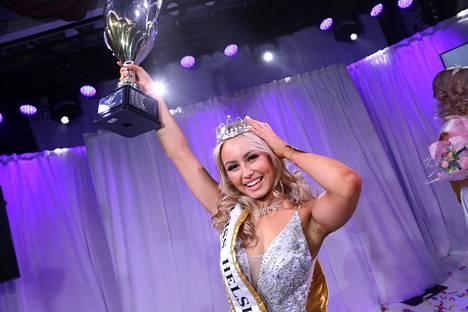 Inna Tähtinen on Miss Helsinki vuosimallia 2020.