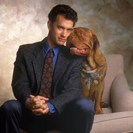 Tom Hanks näytteli pääroolin elokuvassa Turner ja täystuho 1989.