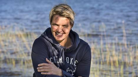 Eteläafrikkalainen keihäänheittäjä Sunette Viljoen valmistautui alkukauden kisoihin Pajulahden urheiluopistolla.