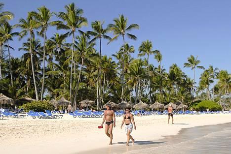 Dominikaanisen tasavallan rantahietikot ovat pitkiä ja kauniita.