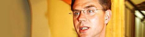 Jyrki Katainen ei lämpene rahoituskriisiä helpottavalle kansainväliselle pankkituelle.