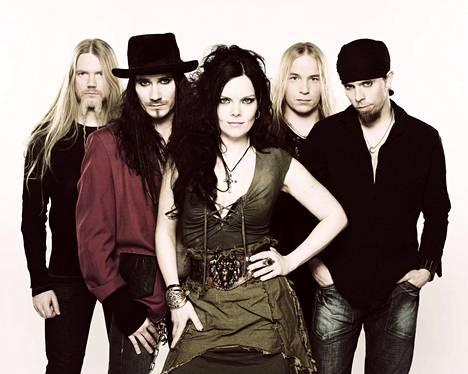 Ruotsalainen Anette Olzon toimi Nightwishin solistina vuosina 2007-2012.