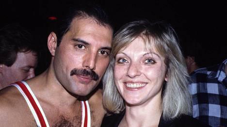 Freddie Mercury ja Mary Austin olivat yhdessä kuusi vuotta.