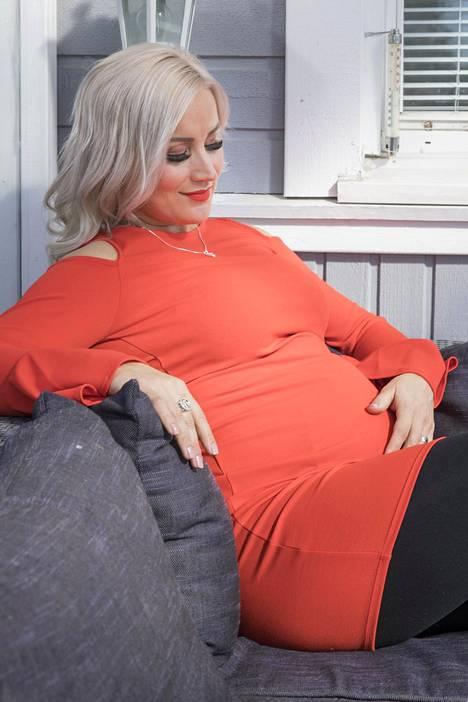 Rita on nauttinut raskausajastaan, kunhan alkuhankaluuksista selvittiin.