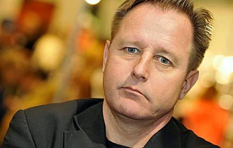 Kirjailija Reijo Mäki.