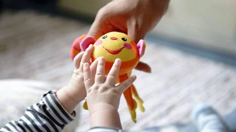 Suuri apu eläkepulmaan olisi syntyvyyden kasvu.