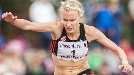 Sandra Eriksson voitti viime kesän Kalevan kisoissa kymmenennen peräkkäisen Suomen mestaruutensa 3000 metrin esteissä.