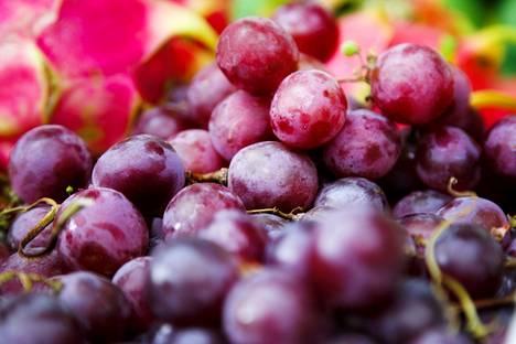 Kuorineen syötävissä hedelmissä saattaa olla jäämiä likaisesta vedestä tai maaperästä.
