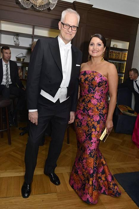 Petri Sarvamaa ja Sari Helin Linnan juhlien jatkoilla vuonna 2016.