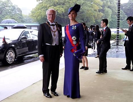Ruotsin kuningas Kaarle XVI Kustaa ja kruununprinsessa Victoria.