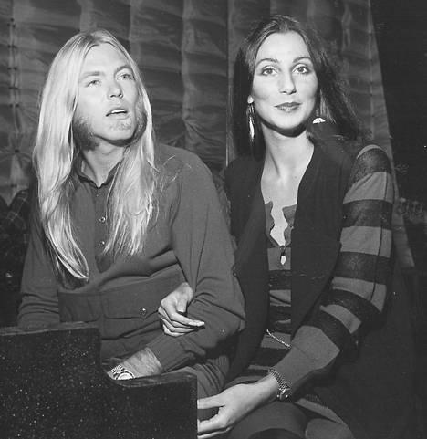 –Hän oli niin sekaisin, ettei ymmärtänyt kun kerroin haluavani erota, Cher on muistellut hänen Greg Allmanin eroa.
