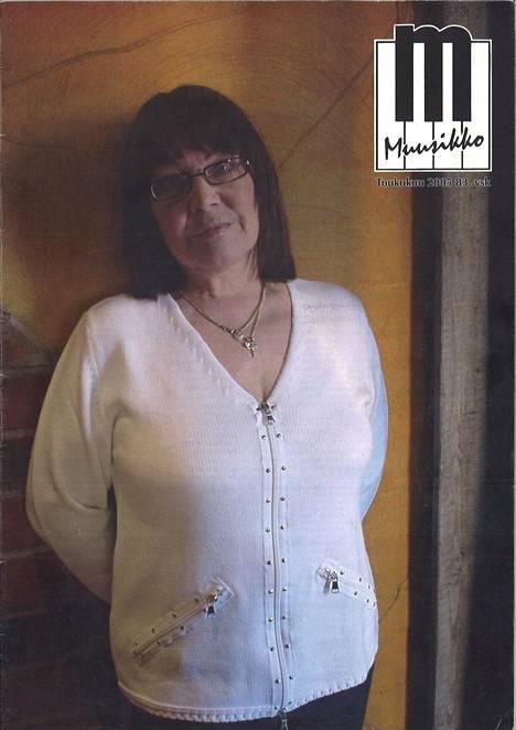 Viimeinen Seija Simolasta julkaistu kuva 2005 Muusikko-lehden kannessa.