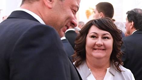 Jelena Välbestä on tullut innokas somettaja. Kuvassa Välbe viime vuonna presidentti Vladimir Putinin virkaanastujaisseremoniassa Kremlissä.