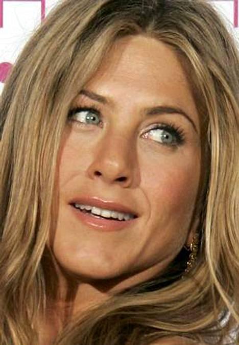 Jennifer Aniston haluaisi lasta enemmän kuin mitään muuta. Nyt hänet on nähty shoppailemassa lastenvaatteita.