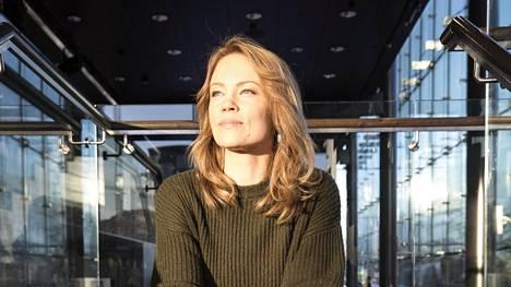 Tänä vuonna 40 täyttänyt Saija Lentonen on vuosien kamppailun seurauksena vihdoin sinut itsensä ja menneisyytensä kanssa.