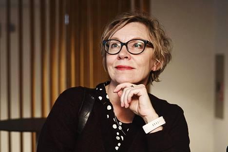Monika-Naiset liitto ry:n Natalie Gerbertin mukaan naisille räätälöityjä palveluita ei ole Suomessa tarpeeksi.