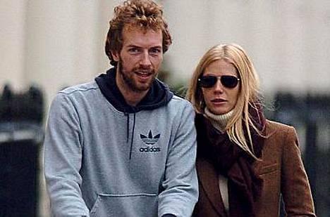 Chris Martinilla on yhä paineita Gwyneth-vaimon exästä.