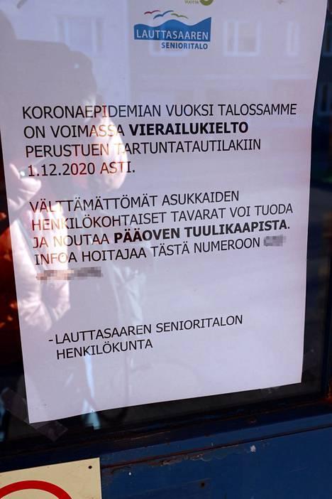 Helsingin Lauttasaaren senioritalossa on voimassa vierailukielto.