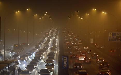Kiinalaiset taksit kärsivät liikenneruuhkista, sillä useimmiten maksu perustuu ajettuun matkaan.