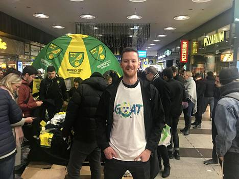 Sam Jeffery ja muu Norwichin väki saapui Suomeen.