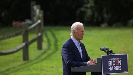 Demokraattien presidenttiehdokas Joe Biden kampanjoi vihreillä teemoilla. Hänen ilmastopuheensa paikaksi oli valittu Delawaren luonnonhistoriallisen museon pihamaa Wilmingtonissa syyskuun puolivälissä.