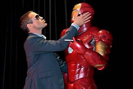 Iron Man -elokuvassa näyttelevä Robert Downey Jr. myöntää kohdellessaan kaltoin exäänsä Sarah Jessica Parkeria.