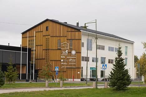 Runsaan 5000 kerrosneliön rakennus valmistui Limingan keskustaan vuonna 2018. Sen suunnitteli PAVE Arkkitehdit Oy ja toteutuksesta vastasi Sikla Oy.