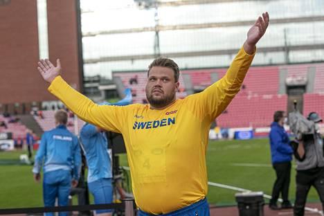 Daniel Ståhl edustaa Ruotsia. Vuoden 2019 kiekonheiton maailmanmestari kuvattuna Suomi–Ruotsi-ottelussa syksyllä 2020.
