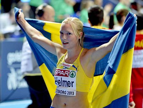 Moa Hjelmer on urallaan voittanut mm. 400 metrin EM-kultaa Helsingissä 2012 ja EM-hallipronssia Göteborgissa 2013 (kuvassa).