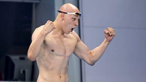Matti Mattsson tuuletti olympiapronssia.