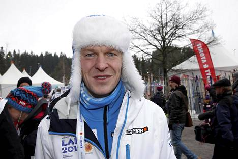 Toni Nieminen uskoo suomalaisten mäkihyppääjien mahdollisuuksiin menestyä kotikisoissa.