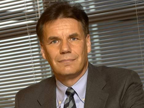 Nokian entinen lakiasiainjohtaja Ursula Ranin joutui vaihtamaan työpaikkaa Olli-Pekka Kallasvuon toimitusjohtaja-nimityksen alla.
