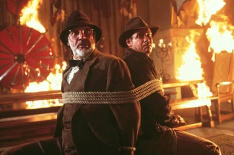 Isän (Sean Conneryn) ja pojan (Harrison Ford) suhde lujittui Indiana Jonesin kolmannessa elokuvassa Viimeinen ristiretki.