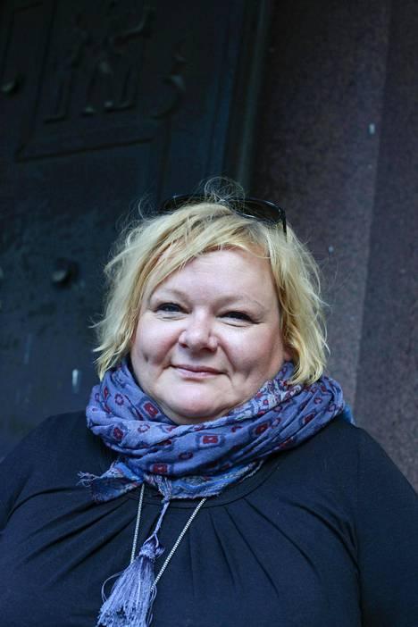 Käsikirjoittaja Outi Keskevaarin mukaan suomalaiset tosi-tv-kisaajat eivät alistu helposti ohjailun alle.