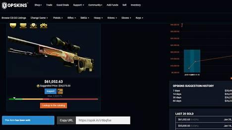 Counter-Strike-pelin Dragon Lore -asekoriste kiikarikivääriin myytiin maanantaina runsaan 61000 dollarin hintaan. Kuvakaappaus OPskins-verkkosivustolta.