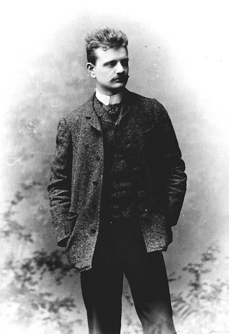 Jean Sibelius oli jouluihminen. Paras sävellysvirekin löytyi usein joulun alla. Kuvassa Jean Sibelius Wienissä 1891.
