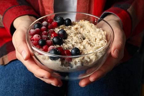 Kun makeanhimo iskee, syö ruokaa tai vaikka puuroa. Sen jälkeen et ehkä tarvitsekaan karkkeja.