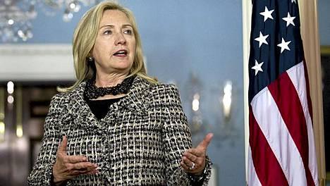 Hillary Clinton kommentoi Iranin osallisuutta terrori-iskun suunnitteluun.