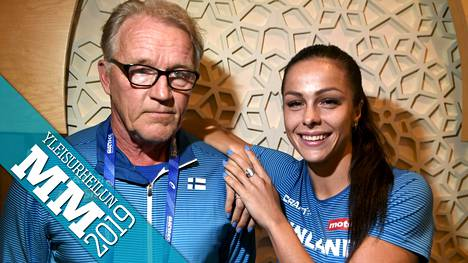 Dohan MM-kisoissa esiintyneen Maria Huntingtonin valmentaja Matti Liimatainen on hurmannut urheilufaneja humoristisilla kommenteillaan tv-lähetyksissä.