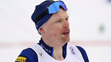 Iivo Niskanen oli superpettynyt 50 km kisan jälkeen.