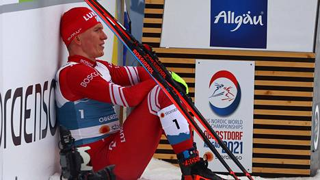 Alekandr Bolshunov oli MM-urakkansa päätteeksi lohduton mies.