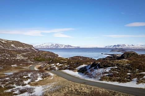 Reykjavik ja sen lähiympäristö ovat vaikeassa tilanteessa matkailijamäärien kasvaessa ja riittävän infran puuttuessa.