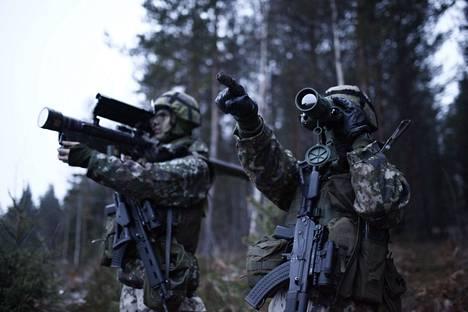 Carl Haglund herätti ISTV:n väittelyssä maanantaina kysymyksen Suomen asemasta mahdollisen konfliktin aikana.
