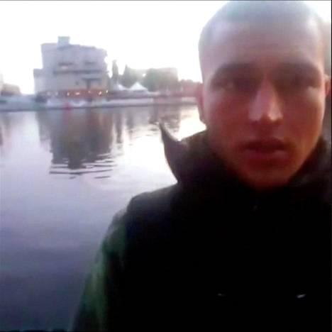 Tunisiassa syntynyttä Anis Amria epäillään Berliinin terrori-iskusta.