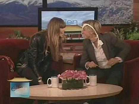 Ellen DeGeneres pelleili ex-huippumallin alushousuilla.