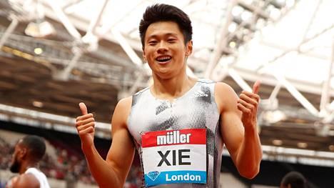 Zhenye Xie siirsi Kiinan ennätyksen 200 metrillä uudelle sekuntiluvulle. Aika 19,88 on myös uusi Aasian ennätys.