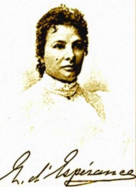 Brittimeedio Madame d'Esperancen alaruumis katosi kesken spiritismi-istunnon. Kokonainen tiedemiesryhmä tutki ilmiötä Helsingissä 1893.
