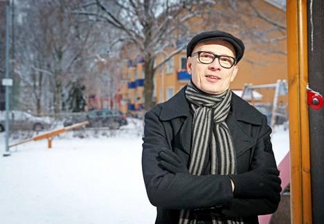 Sarjakuvaneuvos Pauli Kallio on kuusinkertainen Kuukauden kotimaisen käsikirjoittaja.